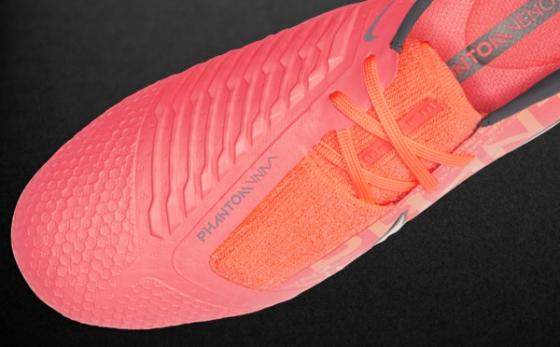 Chuteiras Nike Phantom Salmão / Salmón