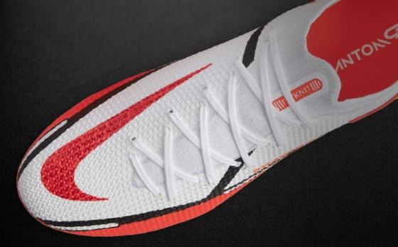 Botas de Fútbol Nike Phantom Blanco / Salmón Flúor
